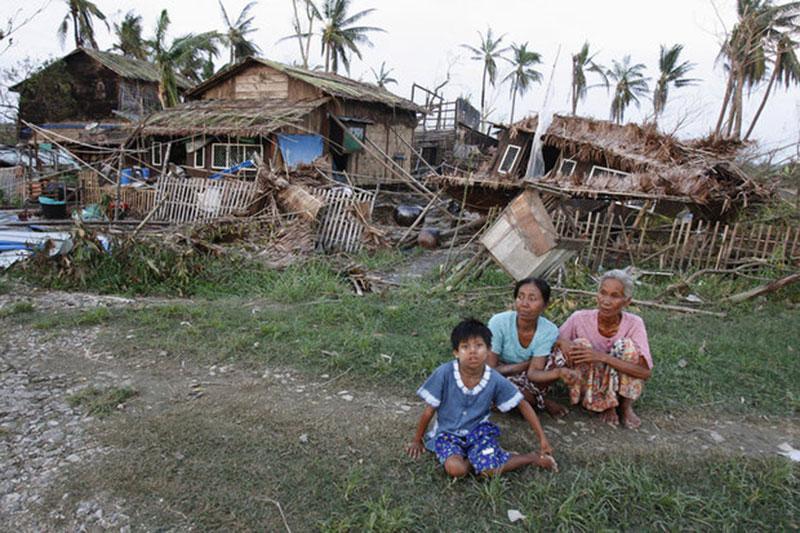 shtorm_myanma_2008_prirodnye_katastrofy_rtx5hgt