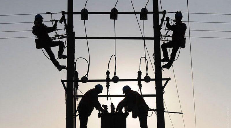 lep_elektrichestvo_remont_obestocheno_rtr3hi7r